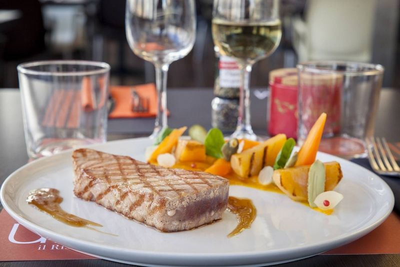 UNM - Le Restaurant - Restaurant Vieux-Port Marseille